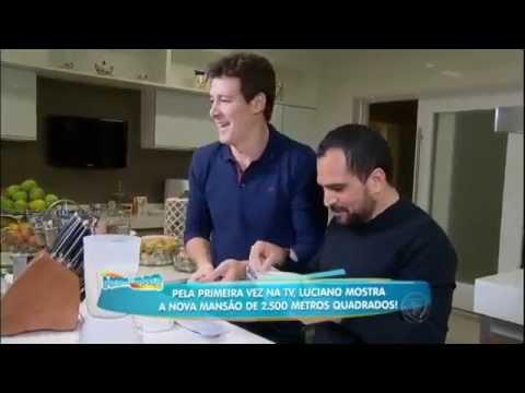 hora do faro visita nova mansão de Luciano e apronta todas ao lado da família do cantor 24 05  m