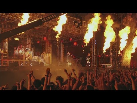 ONE OK ROCK - Mighty Long Fall [Mighty Long Fall at Yokohama Stadium]