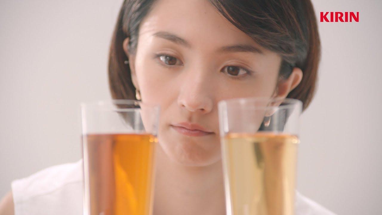ひかり ビール 満島 キリン一番搾りCMで耳の残ってしまうリズムテンポのよい曲の曲名は? happily