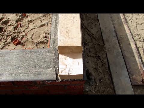 Баня 4 на 6 из бруса / Выложен цоколь из кирпича смотреть видео онлайн