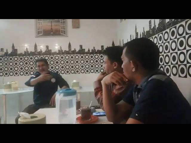 Rapat Pembahasan Bersama Fotografer Tajuk Utama
