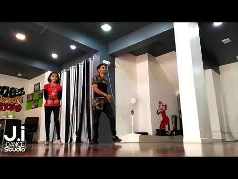 Marathi tadka-mala-lagli-hichki choreography