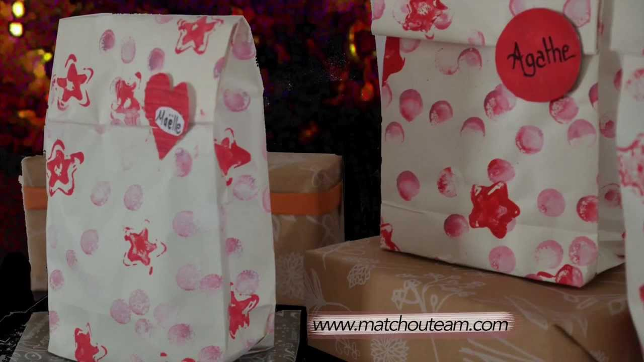 fabriquer une pochette cadeau youtube. Black Bedroom Furniture Sets. Home Design Ideas