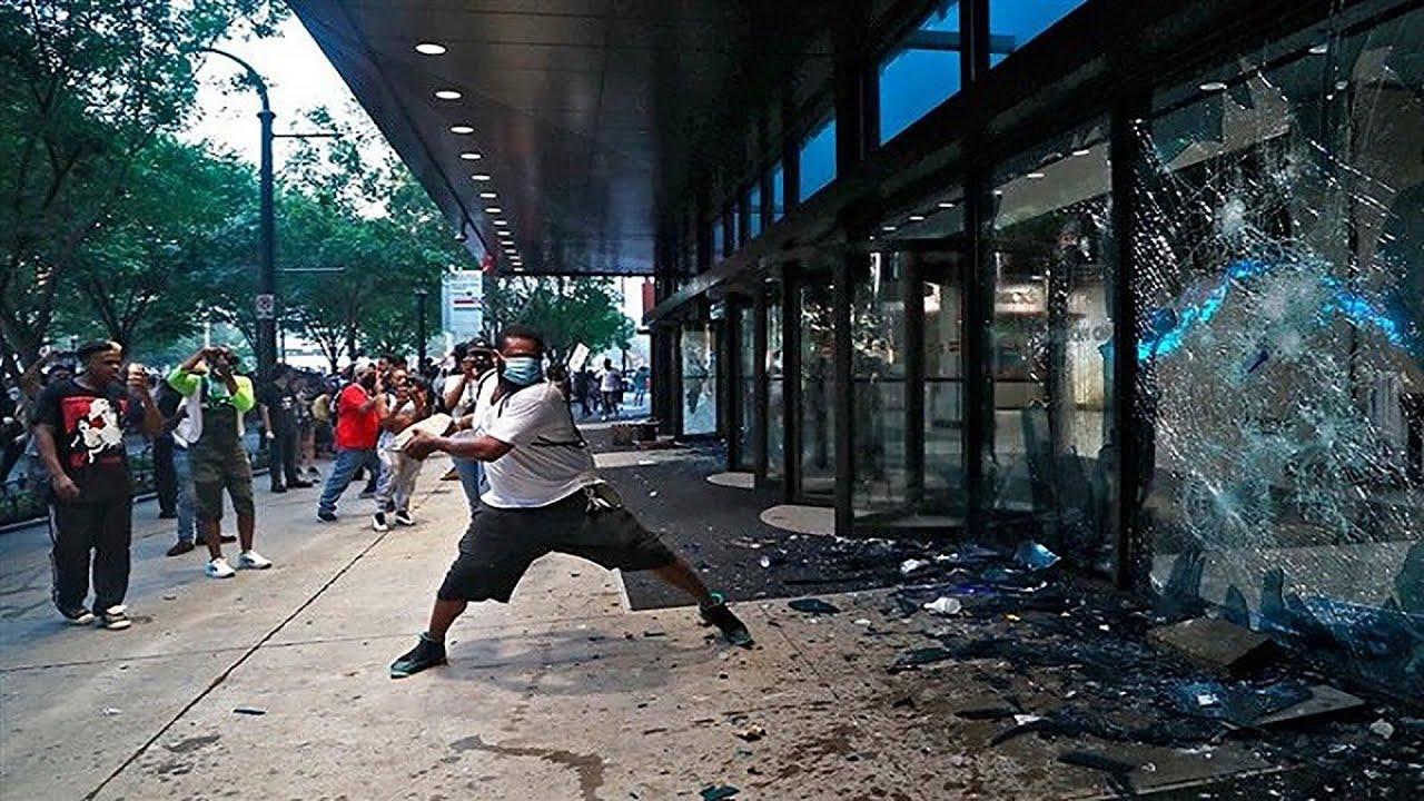 احتجاجات في أمريكا - الولايات المتحدة الامريكية تحتضر ???