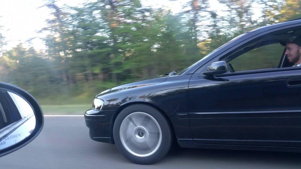 Volvo S60R No AWD vs SRT4 Neon - YouTube