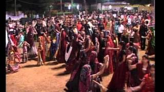 Gujarati Garba Song Navratri Live 2011 - Lions Club Kalol - Ratansinh Vaghela - Day -5 Part -3