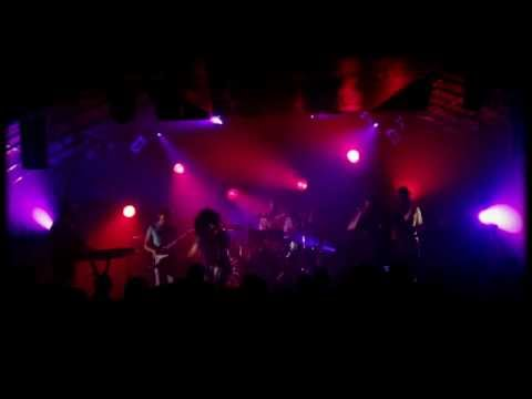 The coup live in france 2013 a 40 minutes fd live film