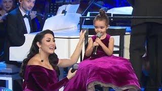 Eva Maruta a cantat alaturi de Andra la concertul de Craciun