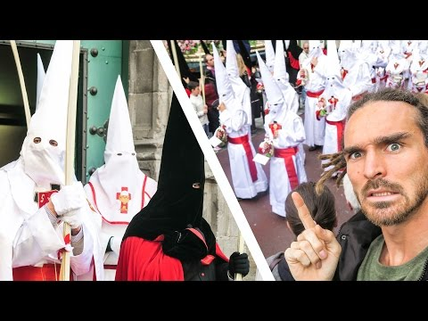 IS THIS A KKK RALLY???
