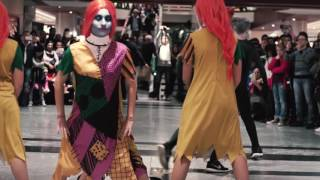 FlashMob Hip Hop Johnny Stellato al Metropolis NIGHTMARE BEFORE CHRISTMAS