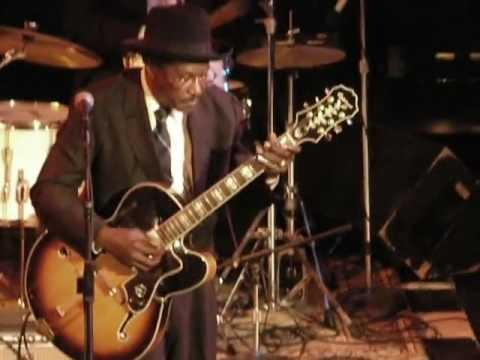 "Elmore James Jr. ""Broomdustin"" - LIVE!"