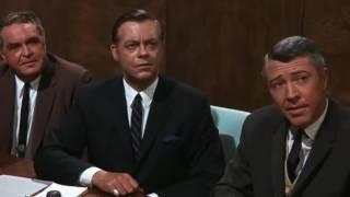 """Проведение собраний. Фильм """"Секс и незамужняя девушка"""""""
