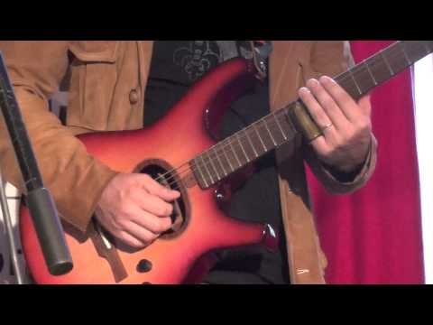 """""""You Shook Me"""" - Harvey Citron and friends at Luthier's Showcase 2013"""