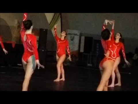 Girls and boys athletes, dancing, gymnastics: 2 Fitness convention. Vila Real. Portugal 2017. 4k UHD