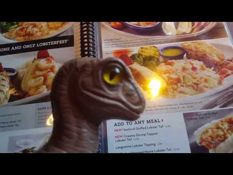 red-lobster-lobsterfest-2017-food-restaurant-review-with-bob-the-raptor