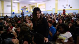 English Teacher Kendra Borden Wins 2015-16 RI Milken Award