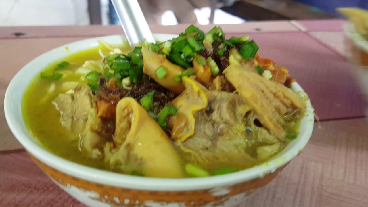 kuliner soto bok ireng blitar yang legendaris