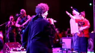 The Humpty Dance preformed live by Digital Underground 2012