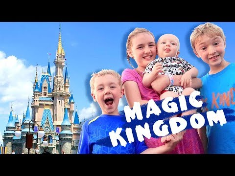 Magic Kingdom ~ Disney World Family Vlog
