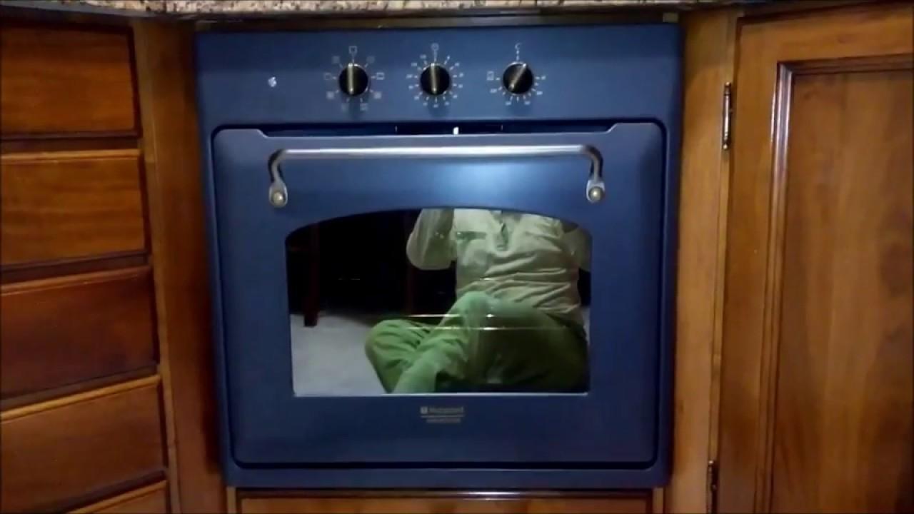 vecchio forno ariston vs nuovo forno hotpoint ariston - YouTube