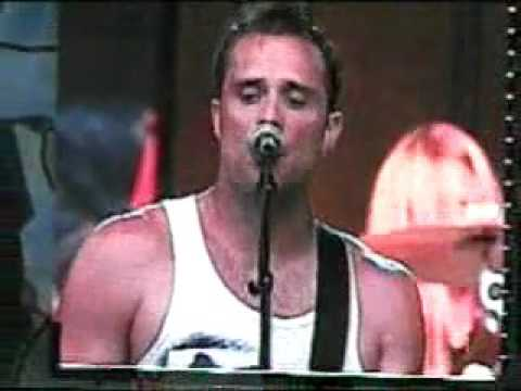 Skillet - You're Powerful (Live Cornerstone 2004)