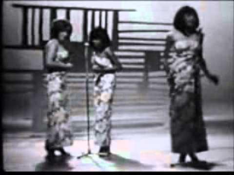 The Supremes - Back In My Arms Again (Hullabaloo May 11, 1965)