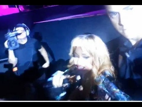 RIHANNA HITS FAN WITH MICROPHONE AT CONCERT- NEWS REPORT