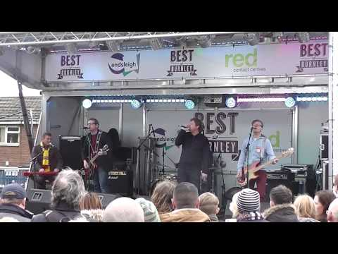 The Milltown Brothers - Which Way Should I Jump Live Burnley Turf Moor (2015)