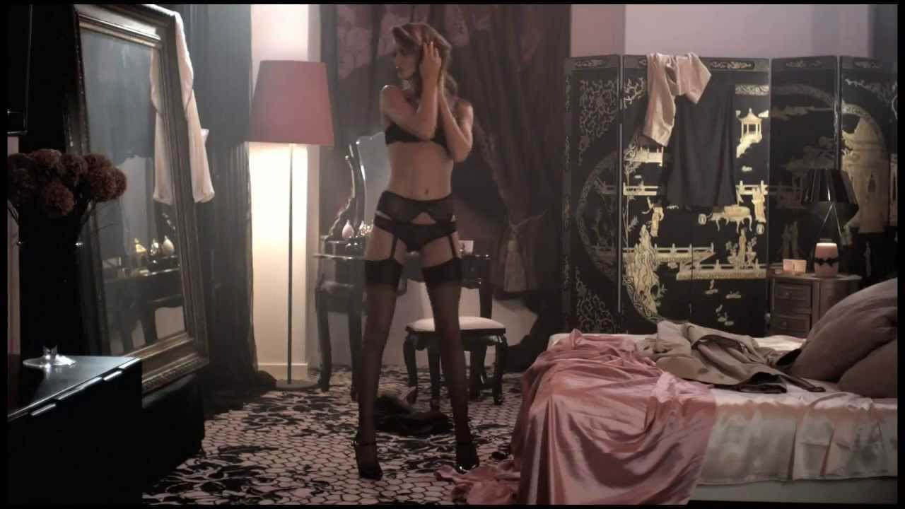 image Kylie minogue lingerie advert