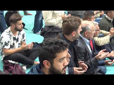 Köln DİTİB Merkez Camii ibadete açıldı