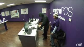 Metro PCS robbed