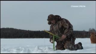 Buzların üstünde alabalık avı