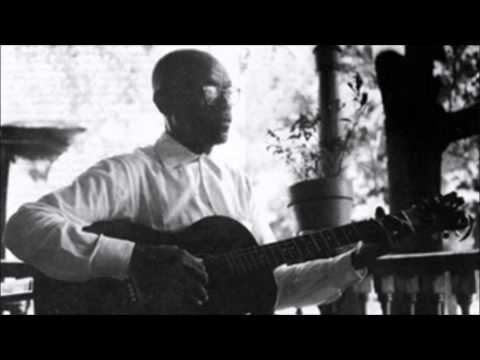 Furry Lewis - Natural Born Eastman