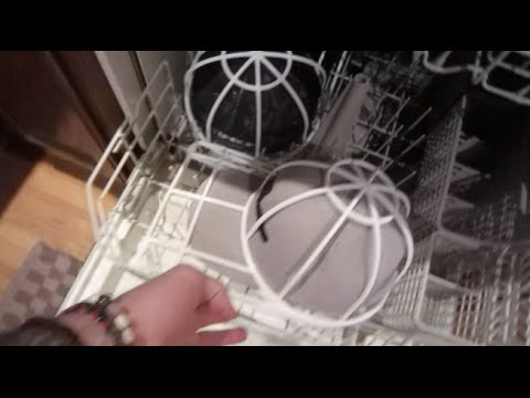 how to clean hats in dishwasher