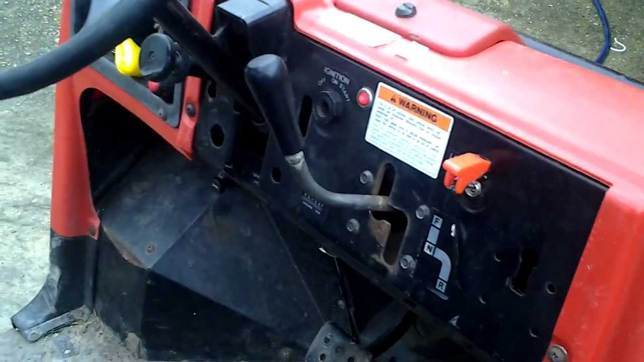 Kawasaki Mule 2500 - YouTube