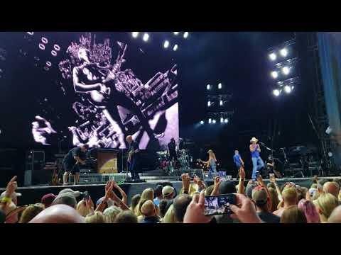 Kenny Chesney's Trip Around the Sun tour- Nissan stadium 08/11/18