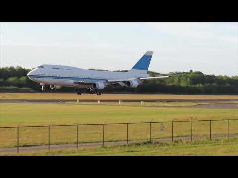 Final Landing at Twente Airport (Boeing 747-400 KUWAIT-AIRWAYS 9K-ADE)