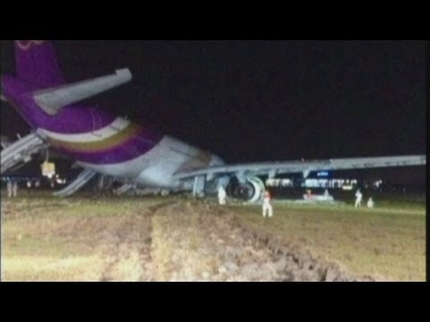 Thai Airways plane skids off runway in Bangkok