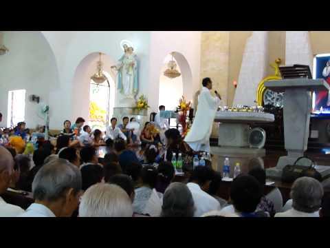Thánh Lễ Kính Lòng Thương Xót Chúa của Cha Long trưa 25.8.2011