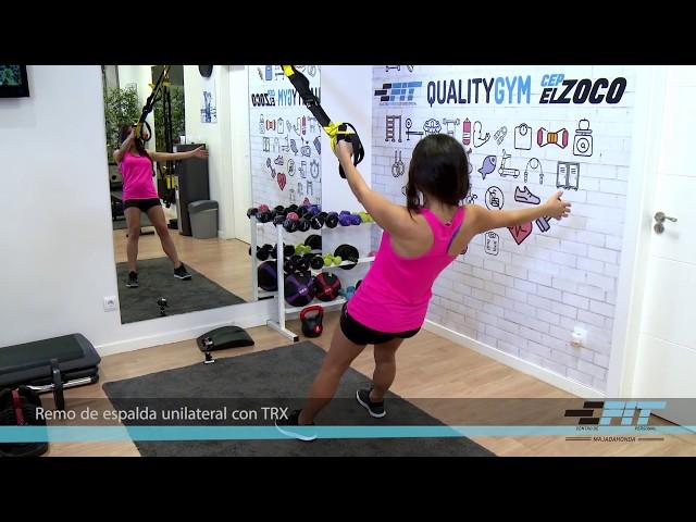 Ejercicio 18 - Remo de espalda unilateral con TRX