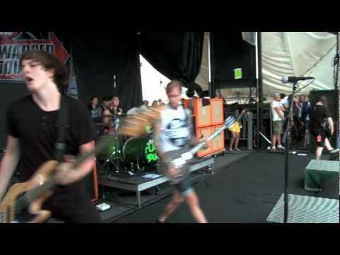 Bring Me The Horizon - Chelsea Smile - Warped Tour 2010