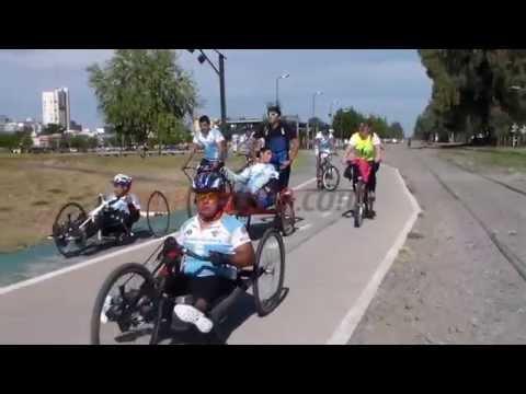 Para reclamar mayor inclusión, jóvenes con discapacidad realizaron una bicicleteada