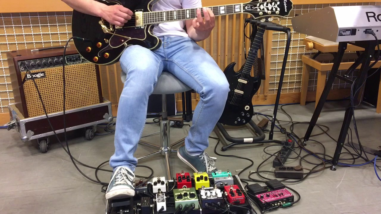 Epiphone Sheraton With Duesenberg Les Trem Ii Youtube