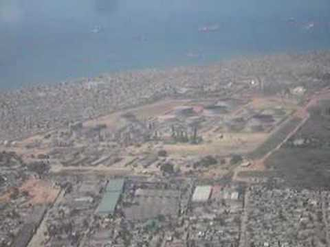 Final approach to Luanda Airport