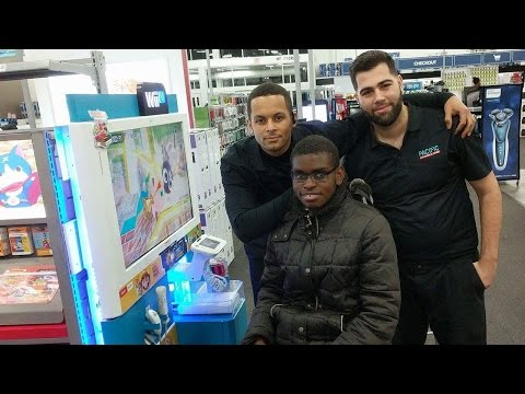 Why Best Buy Employees Surprised Teen With $300 Nintendo Wii Gaming Console