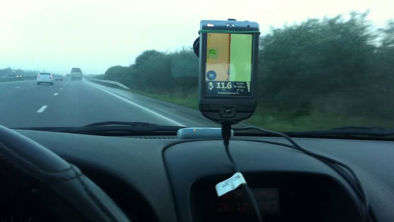 Opel Astra G - GPS TOMTOM 7 on iPaq , Parrot ck3100 - YouTube