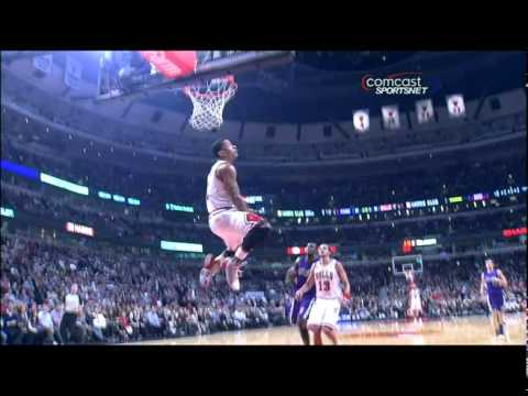 eaaca9832e1c Derrick Rose RIDICULOUS Reverse Two Handed Double Clutch Dunk (03-21-11) -  YouTube
