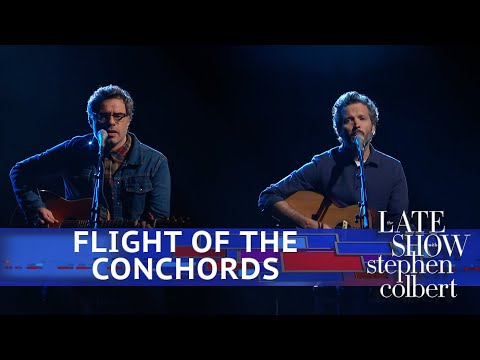 Flight Of The Conchords Perform 'Father & Son'
