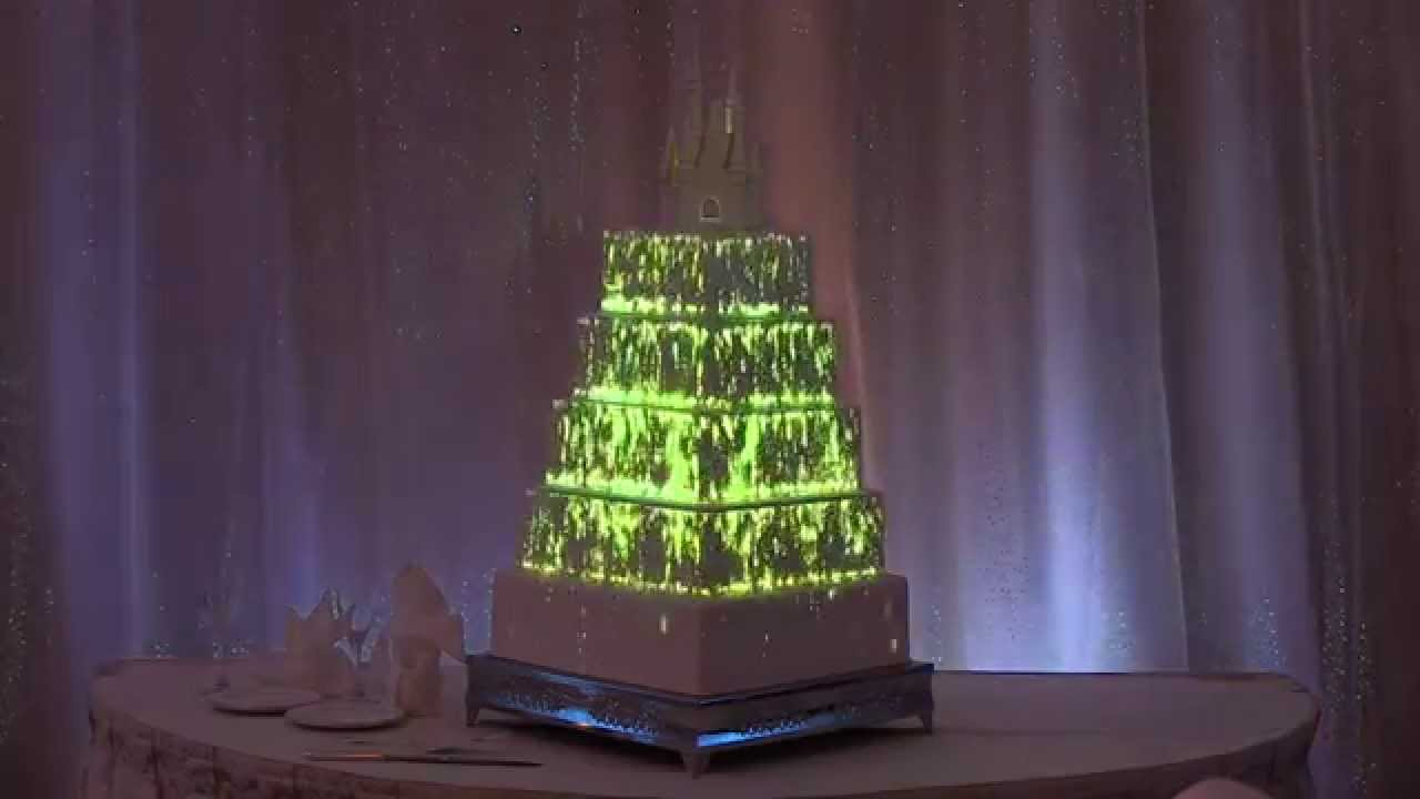 Light Projection On Wedding Cakes
