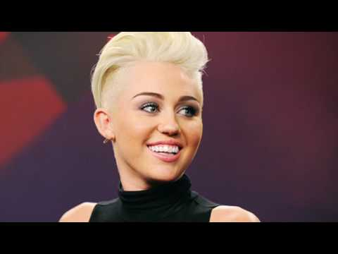 Miley Cyrus - Hands of Love, Lyrics & Traduction Française